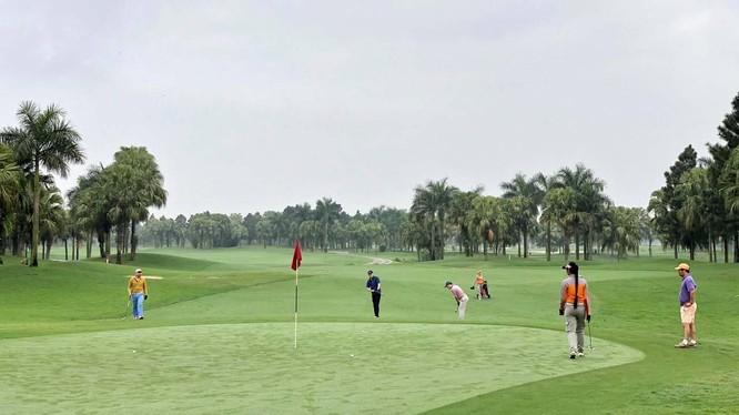 Hà Nội đóng cửa sân golf để phòng COVID-19 (Ảnh minh hoạ)