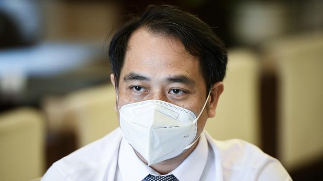 BS. CKII. Nguyễn Trung Cấp – Phó Giám đốc Bệnh viện Bệnh Nhiệt đới Trung ương (Ảnh - Tuấn Dũng)