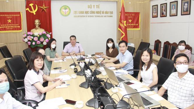 Cục Khoa học công nghệ và Đào tạo, Bộ Y tế thảo luận về vaccine phòng COVID-19 (Ảnh - Nhiên Nguyễn)