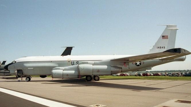 Chiếc máy bay Boeing RC-135U mang số đăng ký 64-14849 của Không quân Mỹ.