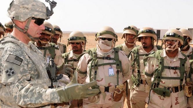 Quân đội Mỹ và Ả rập Xê-út trong cuộc tập trận chung tại Ả rập Xê-út. Nguồn: Lầu Năm Góc.