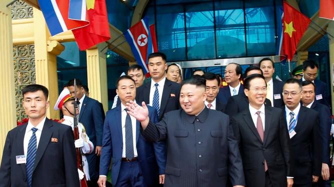 Ông Kim Jong-un đã có mặt tại Hà Nội để tham dự cuộc họp thượng đỉnh Hoa Kỳ - Triều Tiên lần thứ 2.
