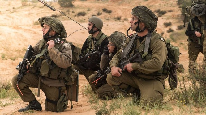 Quân đội Israel trên cao nguyên Golan.