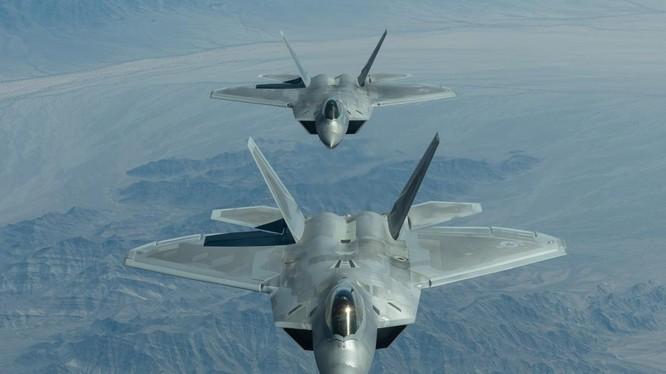 Máy bay tiêm kích tàng hình đa nhiệm thế hệ thứ 5 của Mỹ.