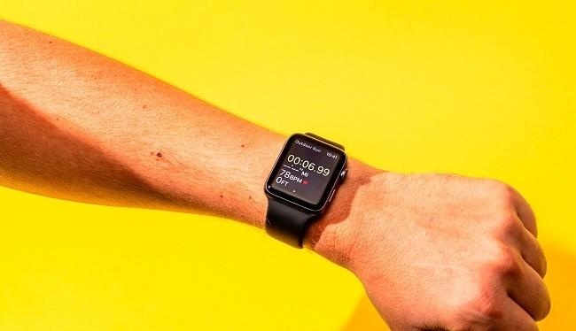 Smartwatch của Apple vẫn là chiếc đồng hồ thành công nhất (Ảnh: Business Insider)