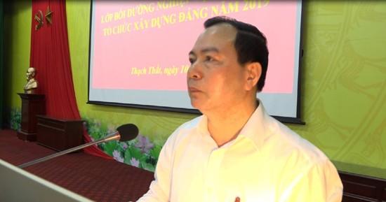 Ông Đặng Quang Ánh, Ủy viên Ban Thường vụ Huyện ủy, Trưởng ban Tổ chức Huyện ủy Thạch Thất (Hà Nội) bị Ban Thường vụ Thành ủy Hà Nội kỷ luật hình thức cảnh cáo.