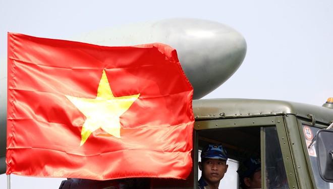 Tình hình Biển Đông: Lựa chọn thực tế nhất của Việt Nam là phải tự lực