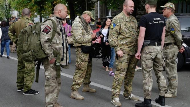 Ucraine có khả năng tan ra thành các quốc gia nhỏ như cảnh báo?