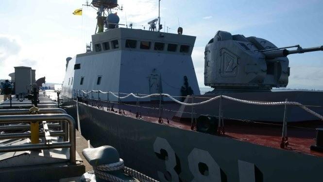 Tàu chiến của Hải quân Việt Nam tham gia các sự kiện của ADMM+
