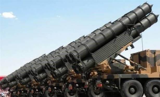 Tên lửa S-300 của Iran.