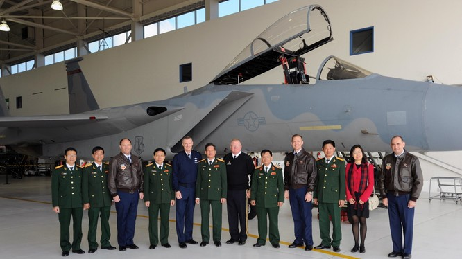 Phái đoàn quân sự Việt Nam sang thăm Hoa Kỳ cách đây vài năm trong chương trình giiao lưu, tìm hiểu, hợp tác quốc phòng (ảnh tư liệu minh họa)