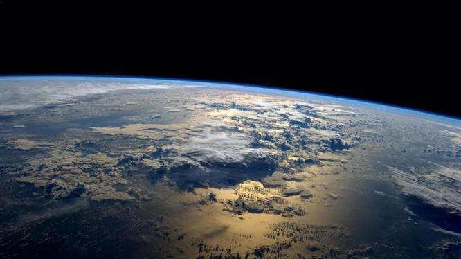 Các khoa học gia Nga, Thụy Điển, Pháp bác bỏ lý thuyết Mỹ về cấu trúc Trái Đất