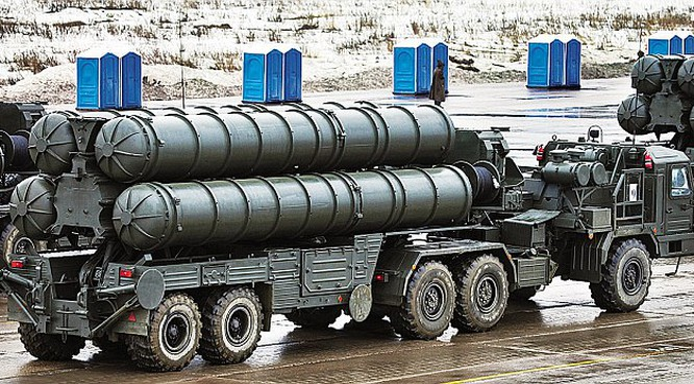 Tên lửa S-400 của quân đội.