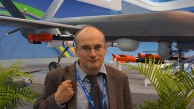 Vasily Kashin: Vệ tinh Mỹ bắt đầu dễ bị tổn thương trước vũ khí của Nga, Trung