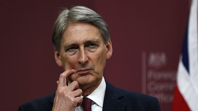 Ngoại trưởng của Vương quốc Anh Philip Hammond.
