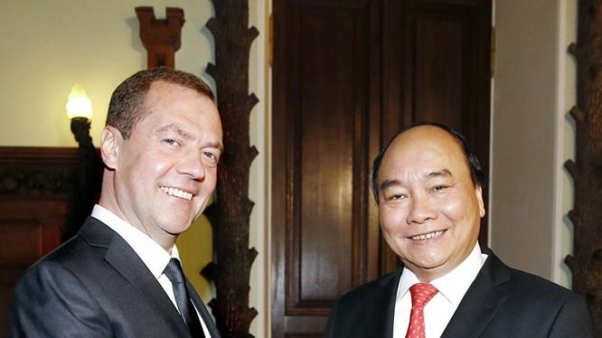Hai Thủ tướng Nga - Việt Nam.