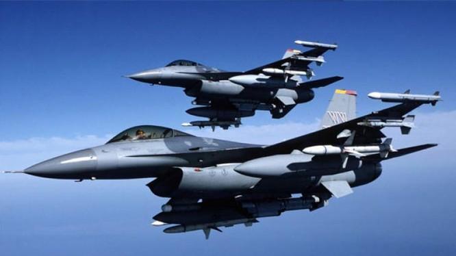 Tiêm kích F-16 do Mỹ sản xuất.