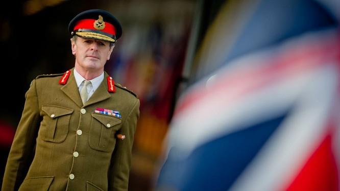 Tướng Alexander Richard Shirreff - nguyên Phó Tư Lệnh liên quân ở châu Âu.