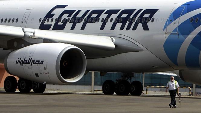 Máy bay Ai Cập chở gần 70 người mất tích trên Địa Trung Hải