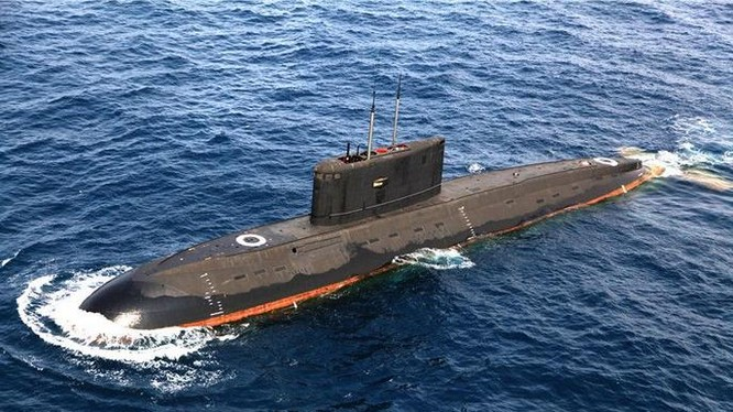 Tàu ngầm Hải quân Trung Quốc.