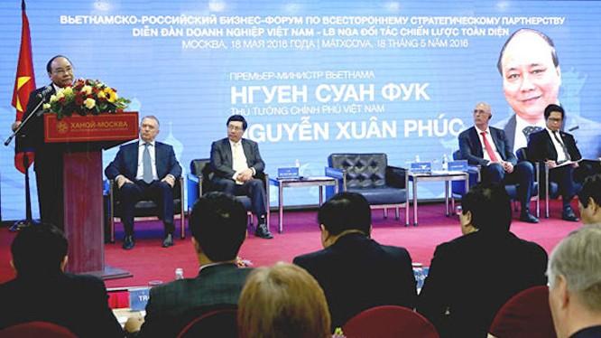 Thủ tướng Nguyễn Xuân Phúc tại diễn đàn doanh nghiệp Nga Việt.