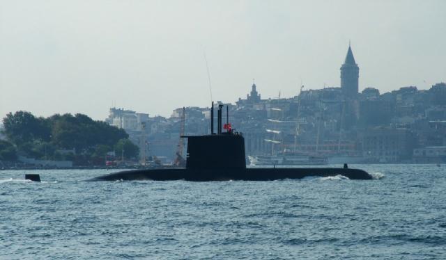 Điều động tàu ngầm tìm máy bay MS804 mất tích ở Địa Trung Hải