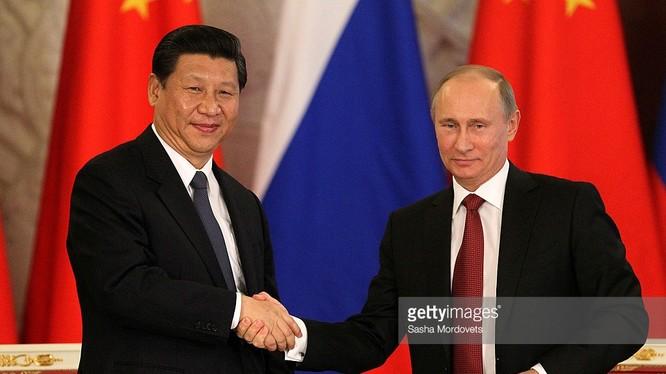 Lãnh đạo Trung - Nga.