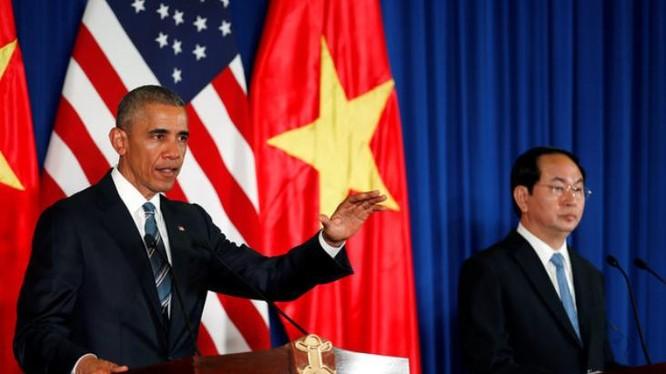 Tổng thống Hoa Kỳ Obama và Chủ tịch nước Trần Đại Quang tại Phủ Chủ tịch ở Hà Nội ngày 23/5/2016.