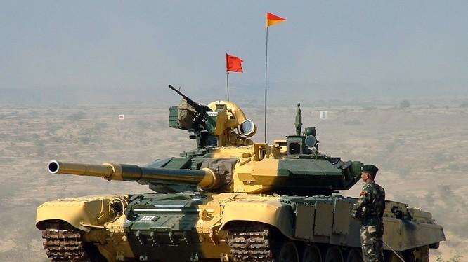 Xe tăng T-90 của Ấn Độ.