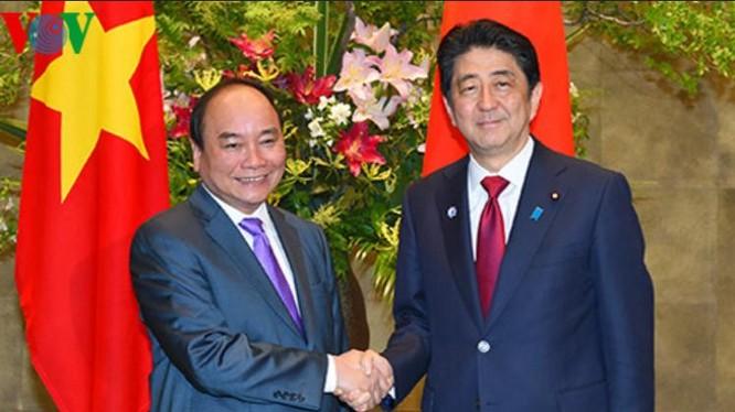 Ngày 28/5/2016, tại Tokyo, Thủ tướng Nguyễn Xuân Phúc hội đàm với Thủ tướng Nhật Bản Shinzo Abe. Nguồn ảnh: VOV