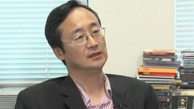 Giáo sư Trương Bạc Hối, chủ nhiệm Trung tâm nghiên cứu châu Á-Thái Bình Dương, Đại học Lĩnh Nam, Hồng Kông. Nguồn ảnh: Tân Hoa xã.