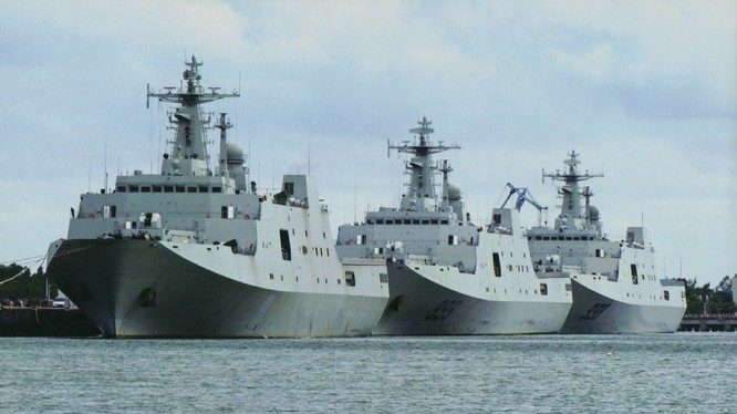 Lực lượng tàu đổ bộ, hậu cần hùng hậu của Hải quân Trung Quốc.