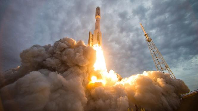 Thượng viện Mỹ nhất trí mua động cơ tên lửa RD-180 của Nga