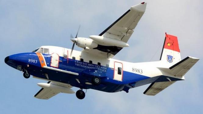 Máy bay tuần thám CASA 212 số hiệu 8983 bị mất liên lạc ở khu vực gần đảo Bạch Long Vĩ.
