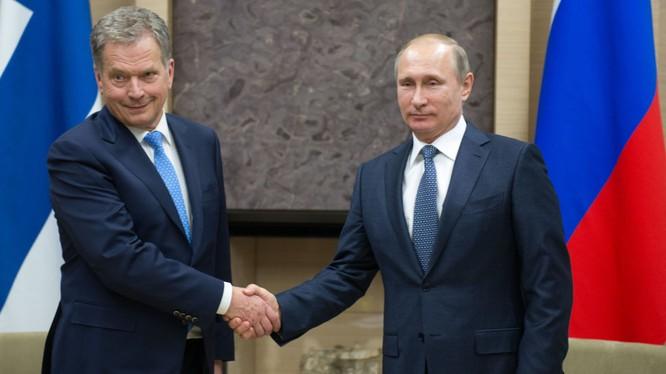 Ông Niinisto đã phải bảo vệ quyền đối thoại với Liên bang Nga