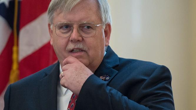 Đại sứ Mỹ tại Nga John Tefft.