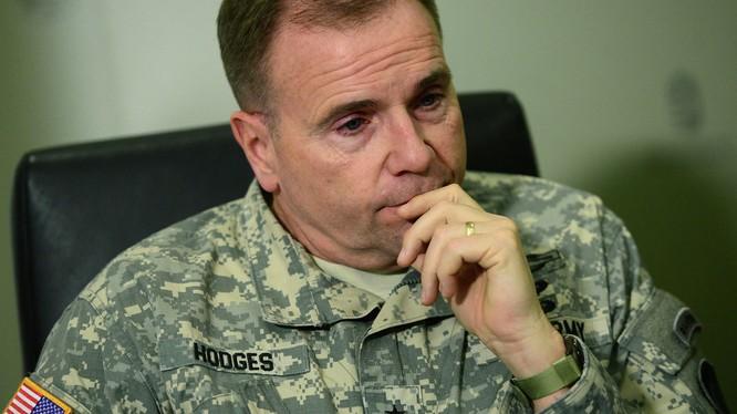 Trung tướng Ben Hodges.