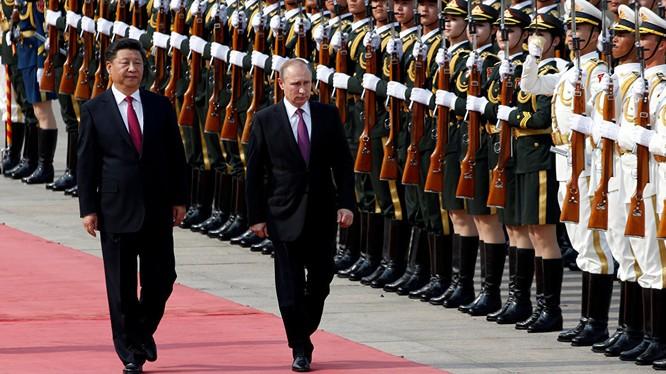 Tổng thống Nga Putin gặp Chủ tịch Trung Quốc Tập Cận Bình