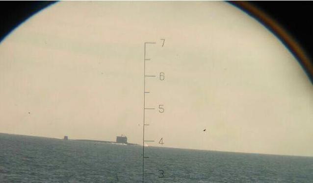 Trong các ngày 24 - 25/6/2016, biên đội tàu chiến Hạm đội Nam Hải Trung Quốc, trong đó có tàu ngầm hạt nhân tấn công số hiệu 409 Type 093G (trong hình) đi qua vùng biển Banda Aceh của Indonesia và eo biển Malacca.