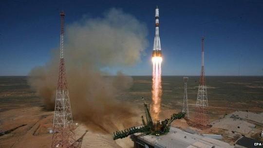 Nga và Việt Nam mở rộng hợp tác về vũ trụ