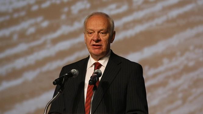 """Ông Konstantin Vnukov cho rằng """"Không nên nghi ngờ Nga đang ủng hộ bên nào ở Biển Đông""""."""