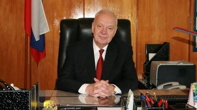 Ông Konstantin Vnukov.