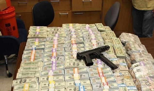 Số tiền cực lớn mà cảnh sát Mỹ đã thu giữ.