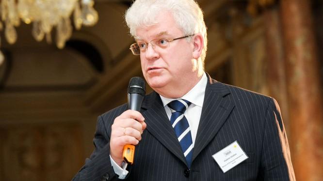 Đại diện thường trực của Nga tại EU Vladimir Chizhov.