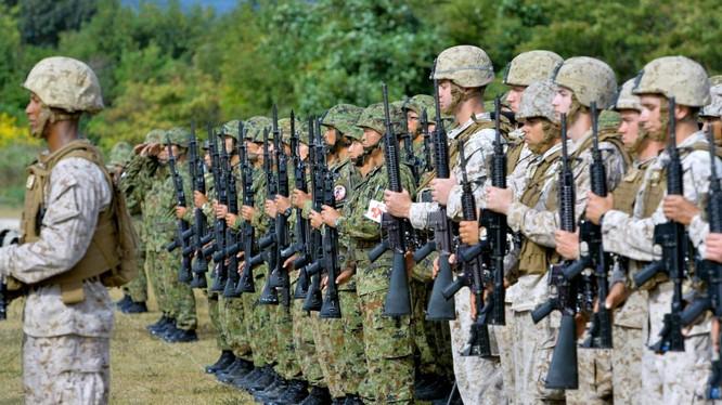 Mỹ - Nhật sẽ xem xét lại thỏa thuận về tình trạng quân đội Mỹ