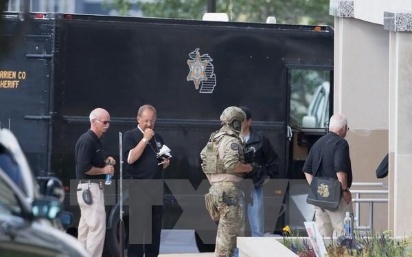 Vụ việc tù nhân cướp súng bắn chết hai người để tẩu thoát tại Mỹ