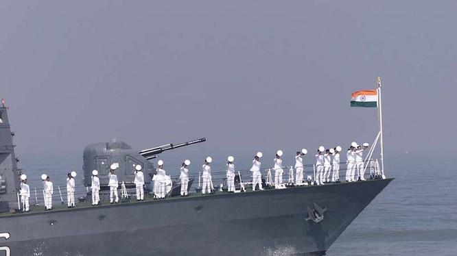 Biển Đông là cửa ngõ ra vào Ấn Độ Dương - nơi New Delhi coi là sân sau của mình (hình minh họa: Hải quân Ấn Độ)