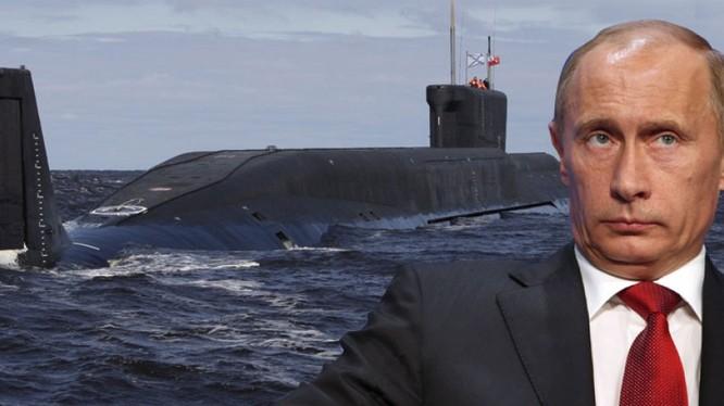 Ông Putin cách chức 52 sỹ quan của Hạm đội Baltic.