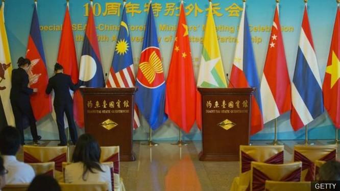 Phán quyết của PCA về vụ kiện của Philippines sẽ ảnh hưởng đến chính trị nội bộ các nước ASEAN và quan hệ với Trung Quốc. Ảnh: BBC.