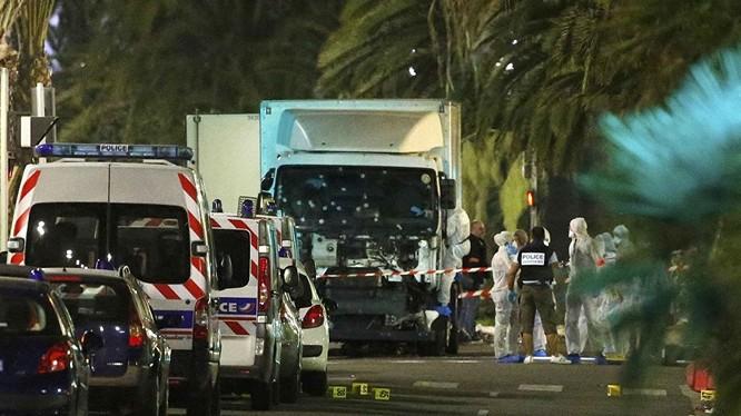 Kẻ khủng bố vụ tấn công xe tải tại Nice là cư dân gốc Tunisia.